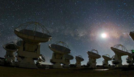 La nueva astronomía en la era de la revolución digital